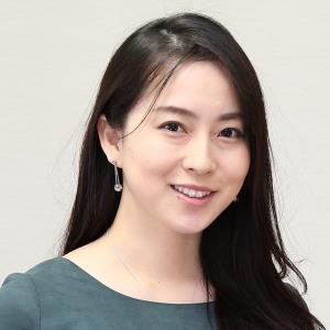 """日本一エッチな女子アナ」薄井しお里、初DVDで""""むんにゅり感 ..."""