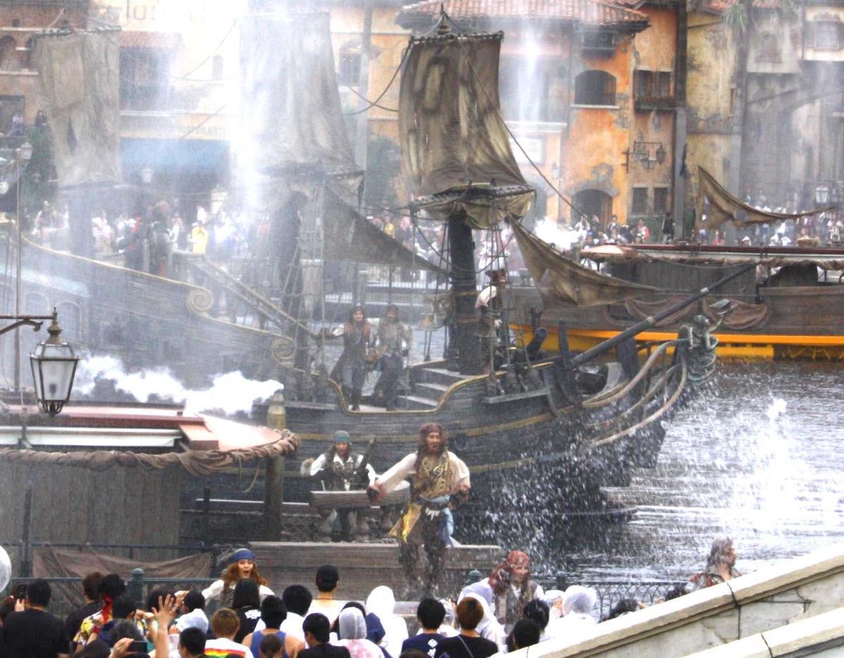 伝説の船に乗ってTDSに再上陸したジャック・スパロウ(カメラ・酒井 隆之)
