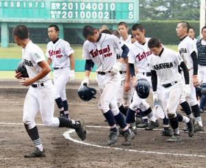 県内初の連合チームとして夏の大会に臨んだ佐久間・遠江総合が惜しくも初戦敗退