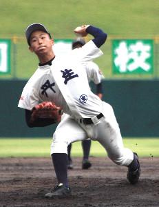 9回途中16三振を奪った丹生(にゅう)の玉村昇悟投手