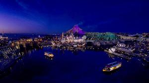 TDS「ソアリン:ファンタスティック・フライト」のスクリーン画像(C)Disney