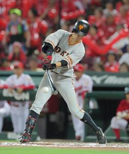 7回2死一塁、若林が二塁内野安打を放つ(カメラ・橋口 真)
