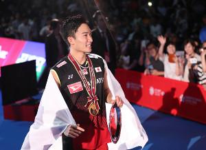 男子シングルスで優勝した桃田賢斗