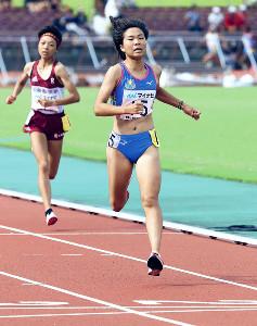 女子3000メートルで日本人トップの4位に入った木村