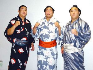 地元・福島市で3兄弟での活躍を誓った(左から)若隆元・若元春・若隆景