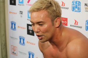 飯伏幸太に敗れ、G1優勝決定戦進出を逃したオカダ・カズチカ