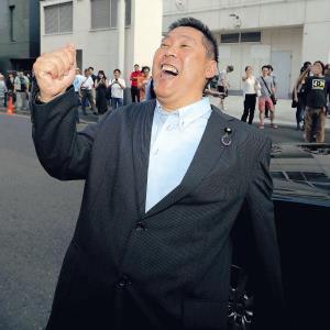 TOKYO MXを去る際に「マツコ・デラックスをぶっ壊す!」と気勢を上げた立花孝志参院議員(カメラ・越川 亘)