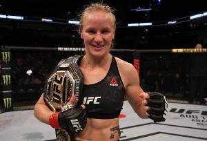 王座を防衛したワレンチナ・シェフチェンコ(C)UFC