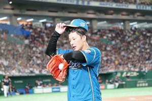 14日ロッテ戦3回途中6失点で降板した吉田輝