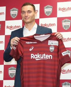 元バルセロナのDFトーマス・フェルマーレンが神戸へ完全移籍で加入