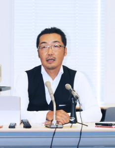 NHKから国民を守る党」の上杉隆幹事長