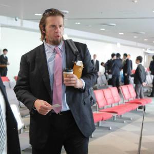 16年10月28日、広島に向かう飛行機に乗り込むエルドレッド