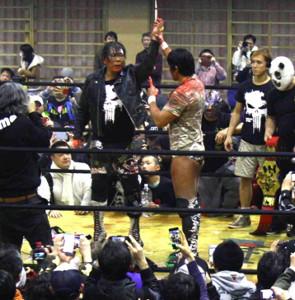 大仁田厚VS船木誠勝で終結したFMW対UWFだったが(写真は2017年2月26日の八王子大会)