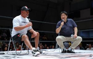 トークバトルで会場を盛り上げた(左から)武藤敬司、前田日明
