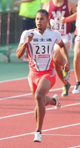 男子400メートルで自己ベストを更新する45秒21をマークし、世界陸上の派遣標準記録も突破したウォルシュ・ジュリアン