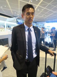 成田空港から北中米遠征に出発したU-22日本代表の川口能活GKコーチ