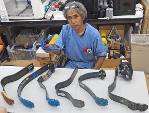 義肢装具士・臼井二美男氏と様々なスポーツ用義足