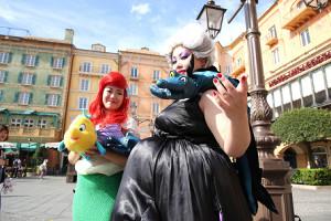 9月10日に開幕する「ディズニー・ハロウィーン」を前にゲスト(入園客)も仮装をして大盛り上がり
