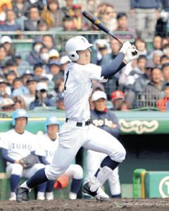 今年のセンバツ決勝の習志野戦で右中間へ本塁打を放つ東邦・石川