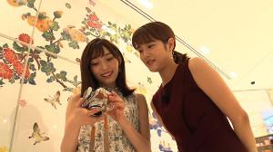 山口真帆(左)と久代萌美アナ