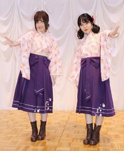 福島・飯坂温泉で軽妙なトークを繰り広げた吉岡茉祐(左)と奥野香耶