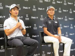 記者発表会に出席した(左から)香妻陣一朗、進藤大典キャディー