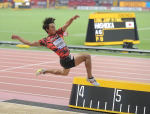 男子走り幅跳び決勝、橋岡優輝の6回目の跳躍。8位入賞を果たした
