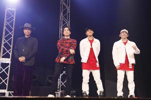 (左から)USA、TETSUYA、岩谷翔吾、浦川翔平