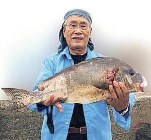 コロダイ61センチを仕留めた島岡照男さん