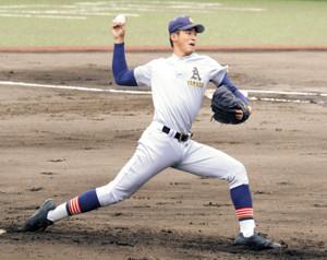 185センチの長身から投げ下ろす本格右腕の青森山田・堀田