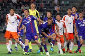 甲府は天皇杯4回戦で法大を延長戦の末に下し、準々決勝に進出した