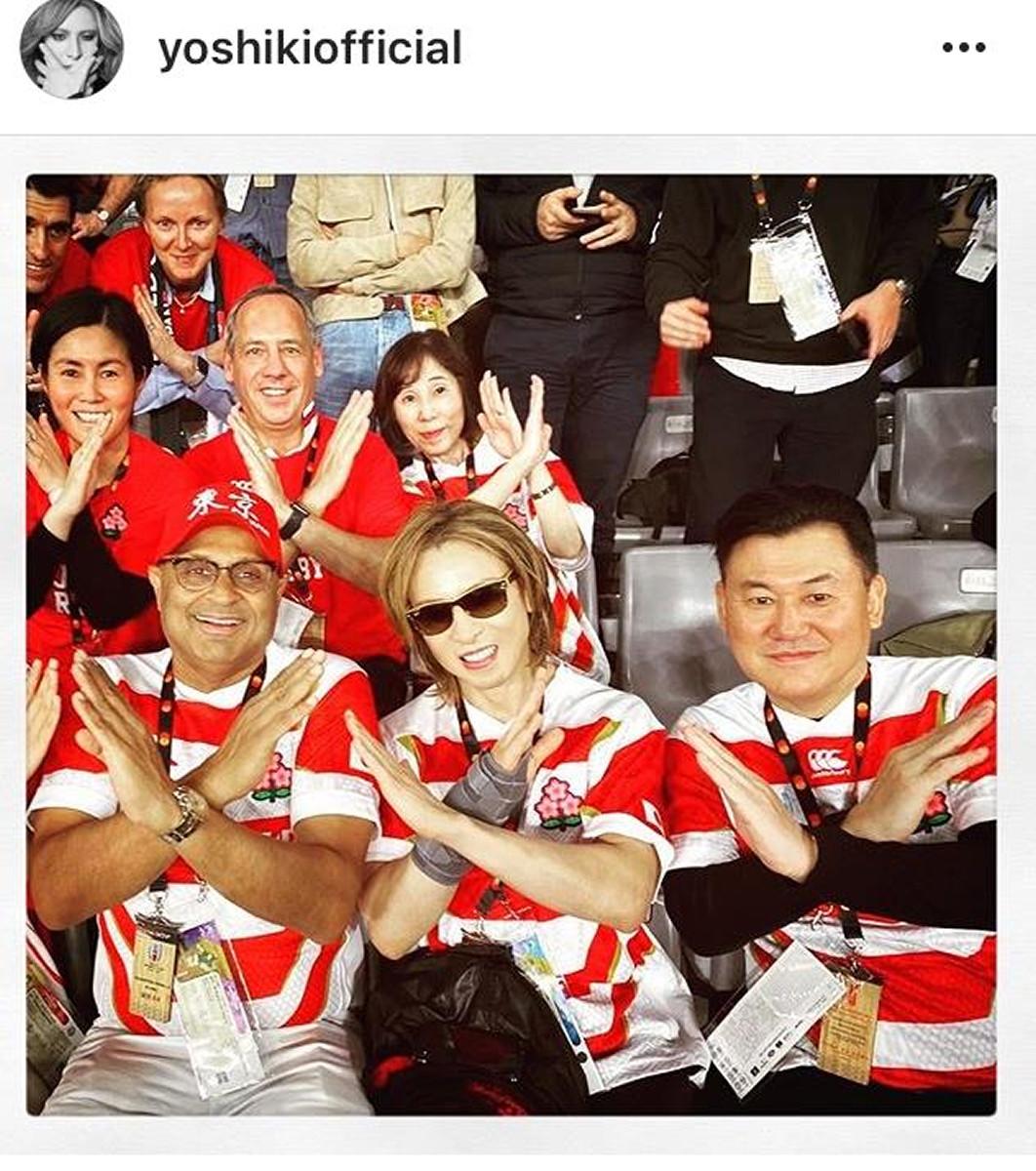 YOSHIKI、ラグビー日本代表ユニホーム姿を公開「新鮮