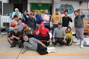 マダイ釣り大会の参加者