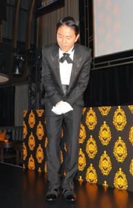 25日に出席したイベントで相方・徳井の不祥事を謝罪するチュートリアルの福田充徳