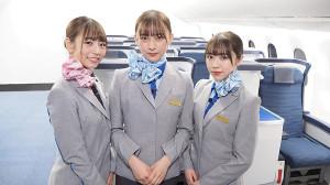 CSテレ朝チャンネル「そら気分〜ヒコーキに会いたい」でCAの姿になった(左から)北野日奈子、鈴木絢音、渡辺みり愛