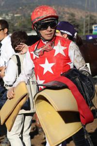 フルフラットで5着と健闘した武豊騎手(カメラ・高橋 由二)