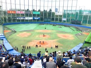 3日、神宮第二球場のラストゲームが行われた