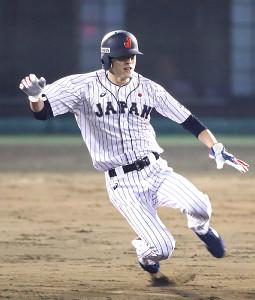 10月31日の親善試合、日本・カナダ戦に一塁代走として出場し二盗に成功した周東佑京
