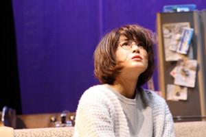 熱演する佐津川愛美