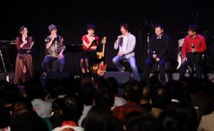 トークショーに登場した(左から)浅川悠、風雅なおと、拝郷メイコ、伊藤博之代表、佐々木渉さん、剣持秀紀さん