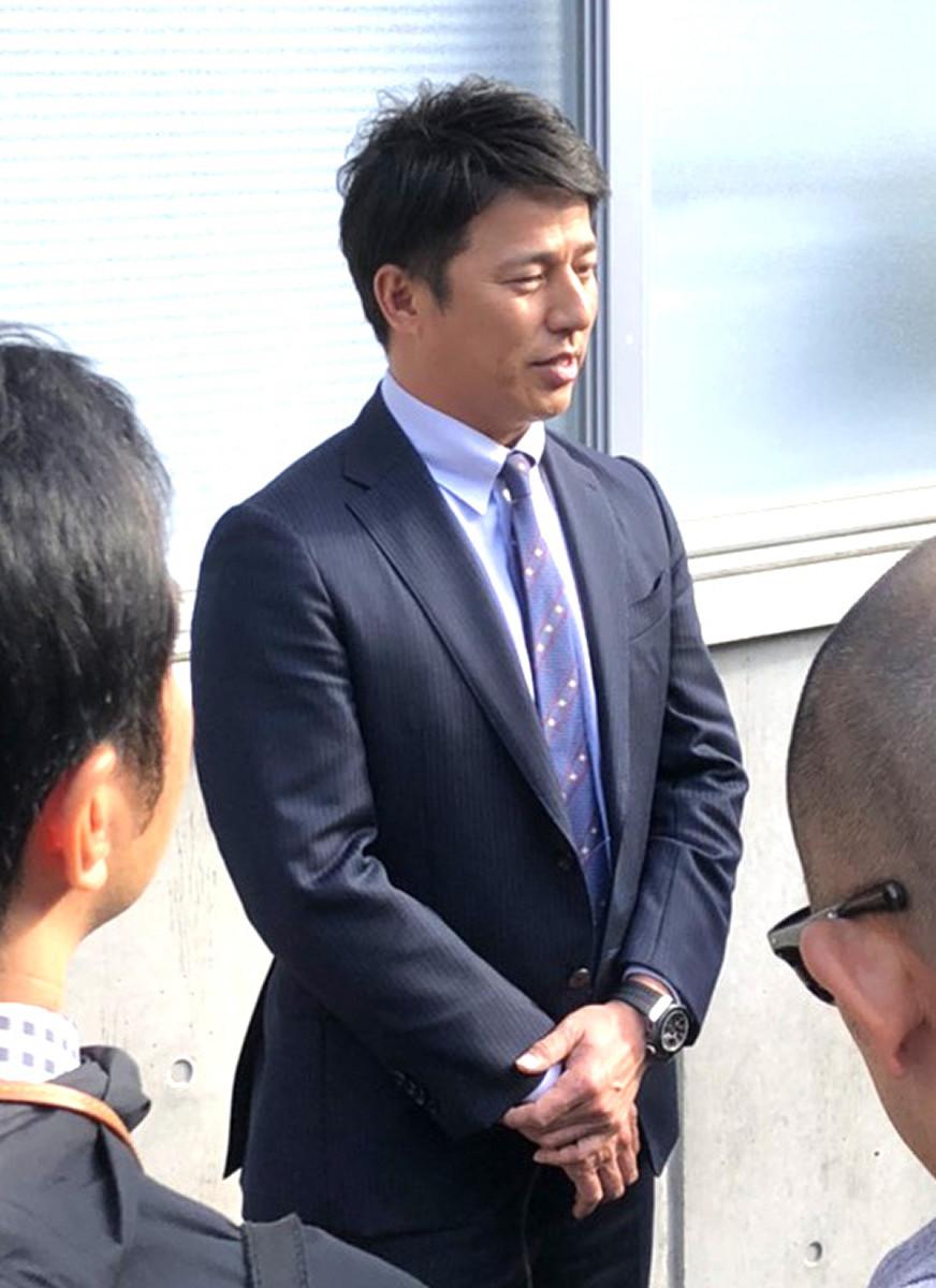 平石洋介コーチ