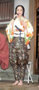 2020年大河ドラマ「麒麟がくる」の撮影衣装で登場した沢尻エリカ