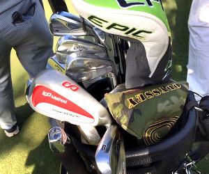 ダンロップフェニックスで石川遼が初投入した練習器具のデカヘッドの8アイアン
