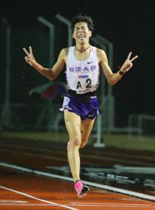 1万メートルで28分13秒21の自己記録をマークした駒大のルーキー田沢廉