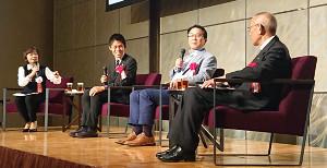 日本マラソン史に名を残すランナーたちがトークショーで熱く語り合った(左から増田さん、川内、瀬古リーダー、君原さん)