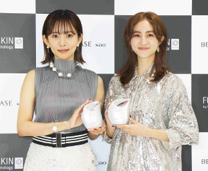 堀田茜(右)と夏菜