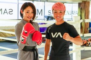 安藤美姫さん(左)とKANA
