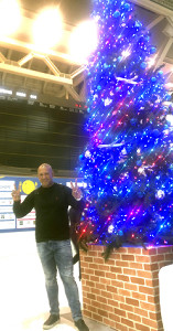 DeNAのラミレス監督は休暇と名球会総会のため米・ハワイへ出発