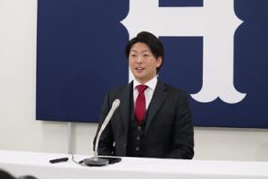 3000万円増の1億7500万円でサインした広島・大瀬良大地投手