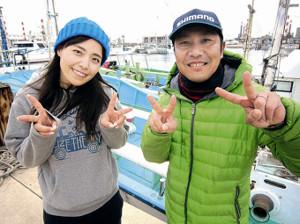 今回の先生は釣り具のジャイアント草加店の店長・杉山充夫さん(右)